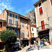 Village irrésistible de Provence