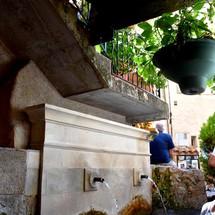Reposez-vous au doux son de la fontaine du Verdon